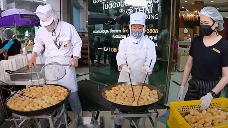 Covid-19: Struggling Thai airline is selling street food to raise funds during pandemic