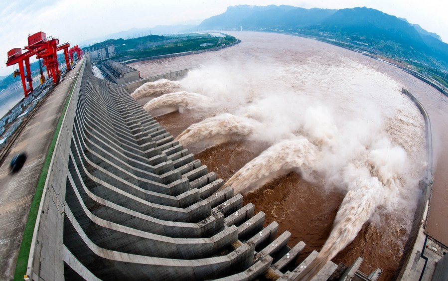 Three Gorges hydropower station hits world record of electricity generation